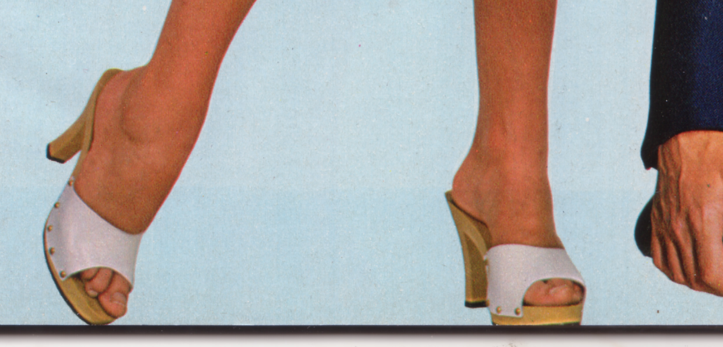 70s-wooden-mules